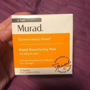 Murad Rapid Resurfacing Peel. Box has 13 wipes